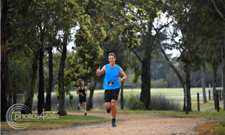 2020 Casey Stride Series Fun Run Race 3 - Christmas Classic Melbourne 2020 thumbs up